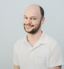 guk-andrij-likar-implantolog-hirurg